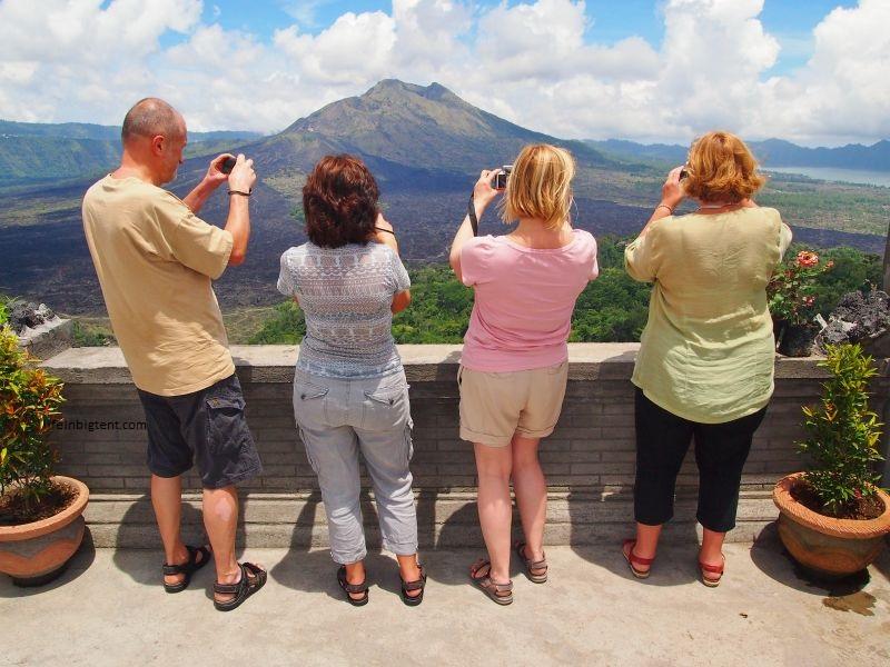 Baturo ugnikalnis Balio saloje