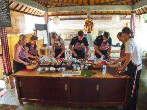 Maisto gaminimo pamoka Balio saloje