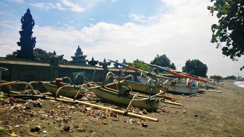 Lombok places - Pura Segara