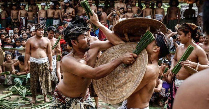 Balinese ceremony - Mekare kare