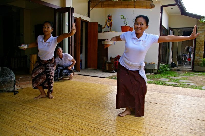 Balinese dance lesson in Bali