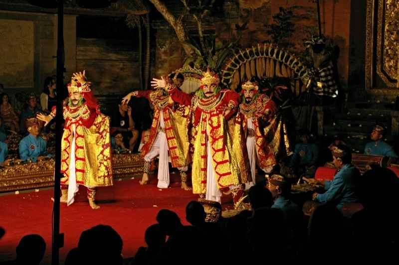 Dance performance in Ubud - Bali