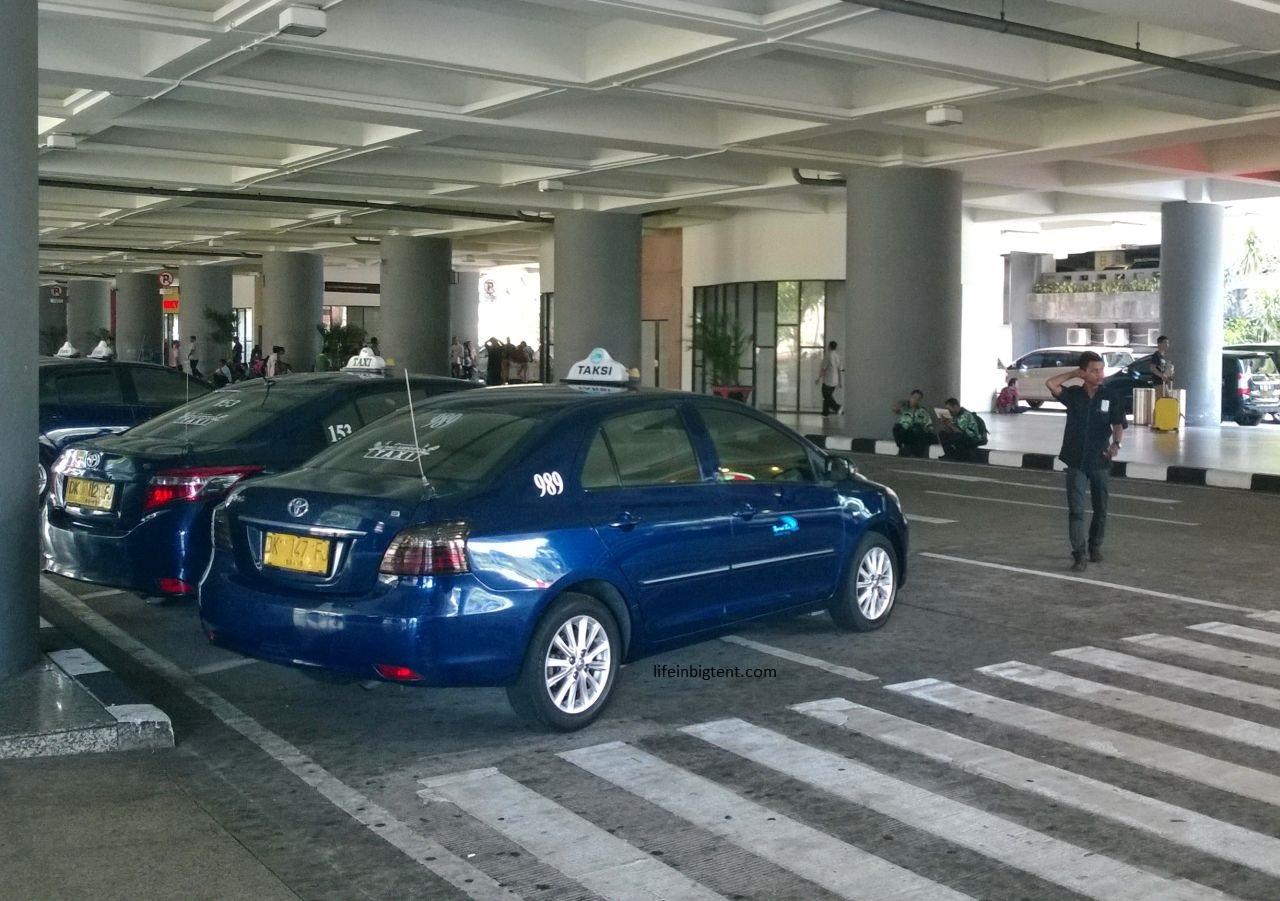 Balio oro uosto oficialus taksi